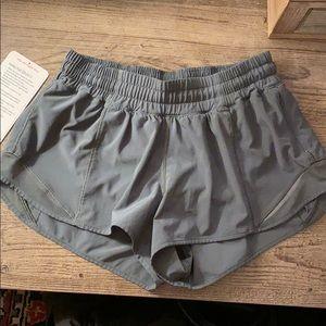 "Lululemon Hotty Hot shorts 6 2.5"" Forest Green"